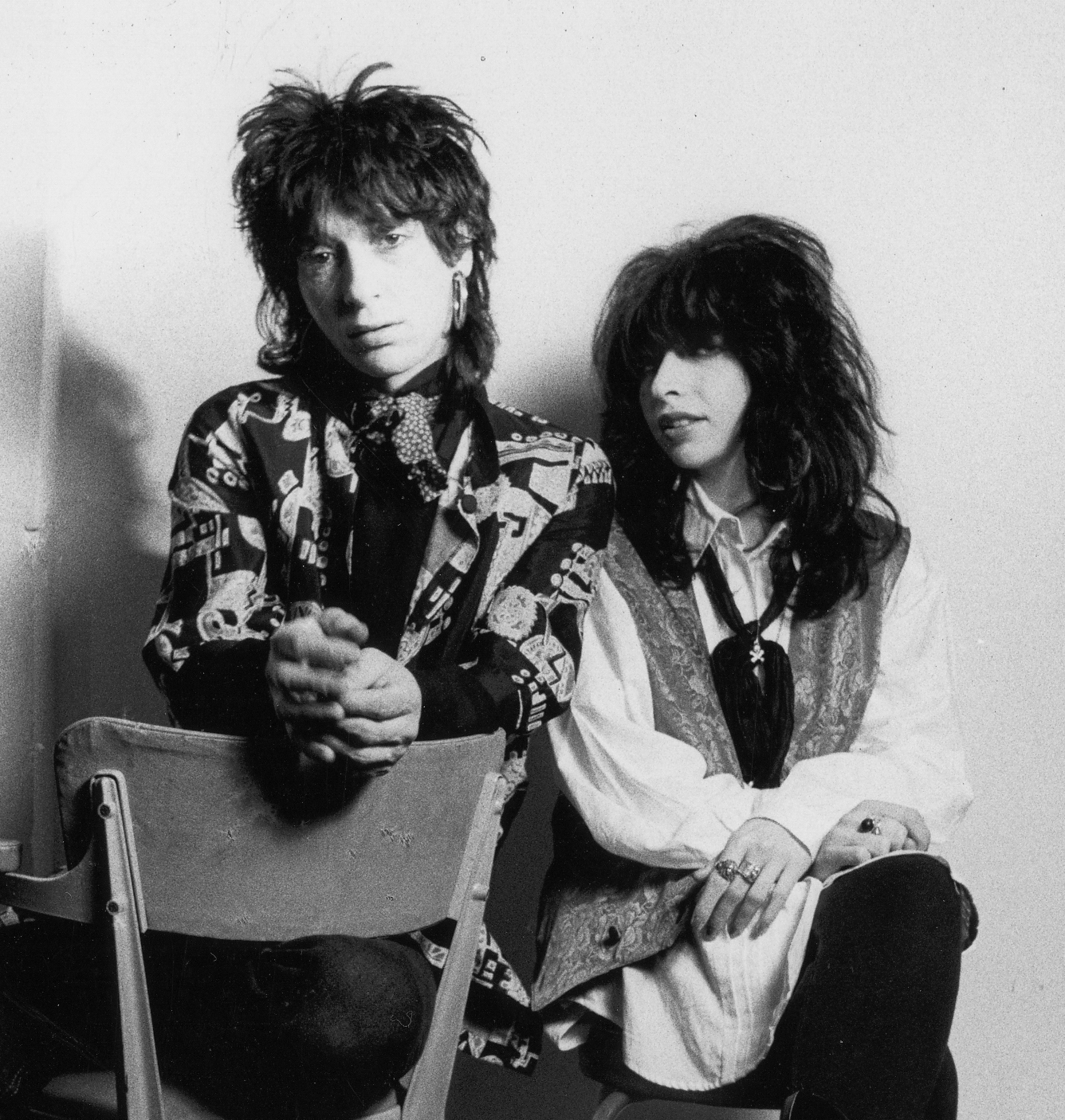 Johnny-Thunders-Nina-Antonia-seated-crop_cr.jpg